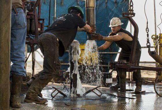 Ex-Fracker at Walmart Reveals One Risk to U.S. Oil Supply Growth