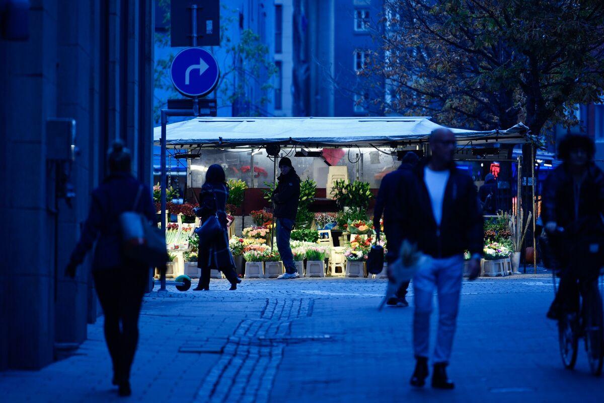 Sweden Sees No Signs So Far Herd Immunity Is Stopping Virus