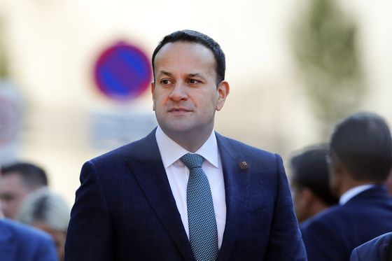 Irish PM Seeks to Comfort Unionists Over Brexit Deal