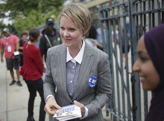 Cuomo Fends Off Challenge From Progressive Cynthia Nixon