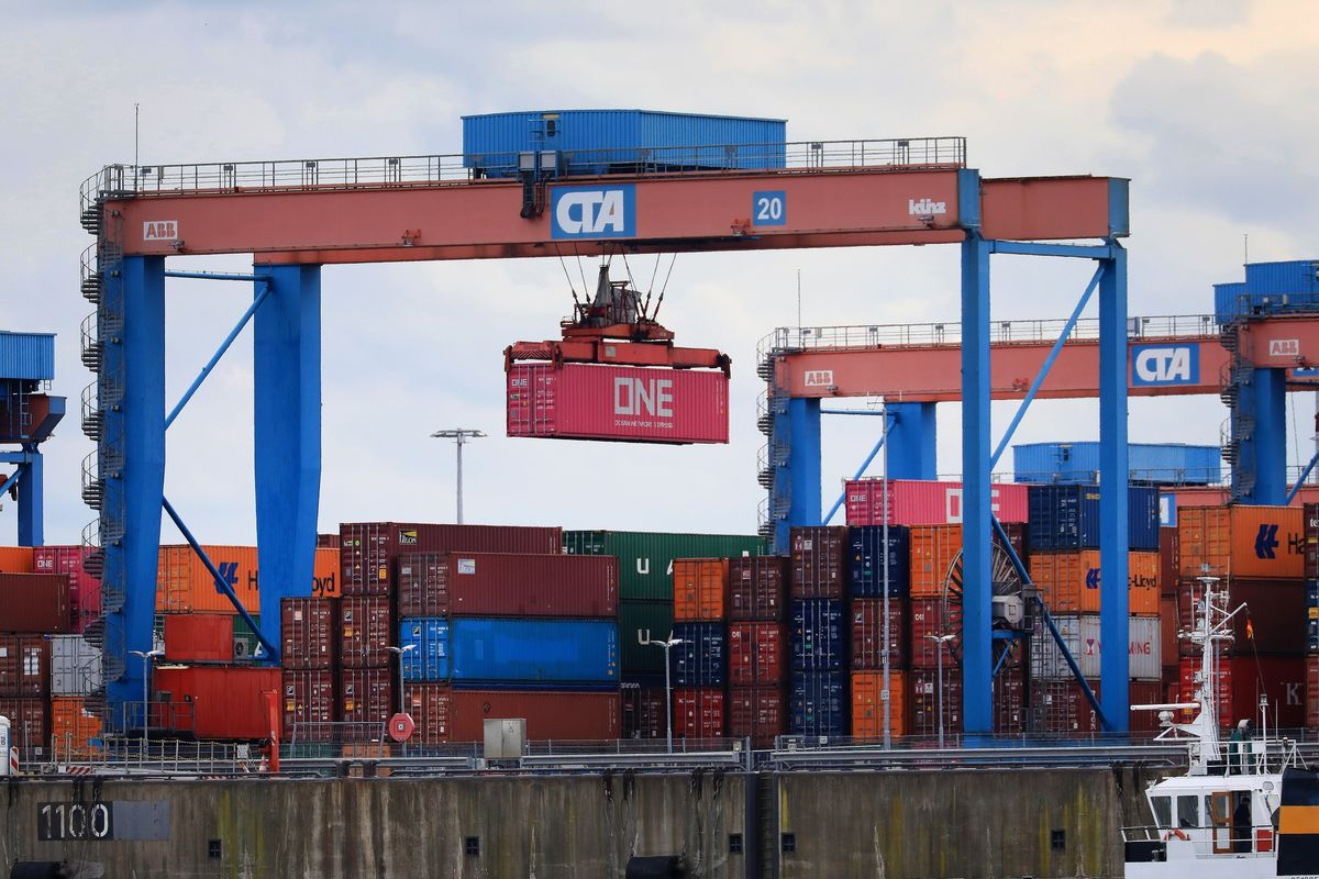 Pessimism Among German Exporters Eases With Economy Past Trough