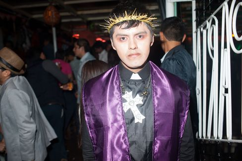Ruben| Halloween Night Party, Txalaparta Bar | 11/1, 12:08 AM