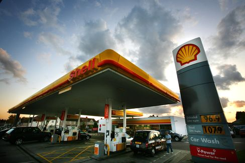 Shell Reports Higher Second-Quarter Earnings on Oil Prices