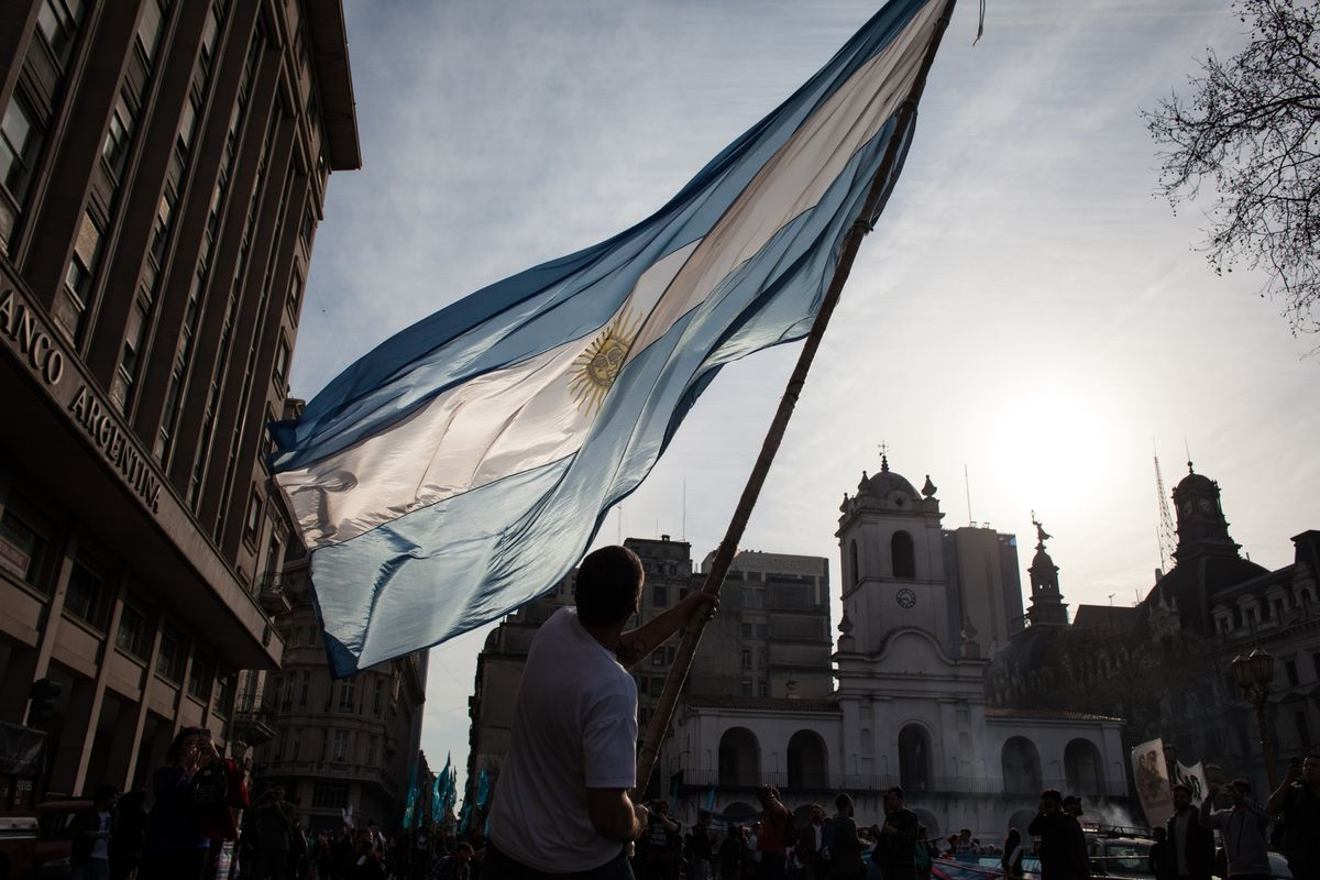 Argentina Bond Payments Caught in Limbo Amid Capital Controls