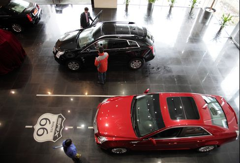 China Auto Sales Rise 10.5% in July as Carmakers Raise Discounts
