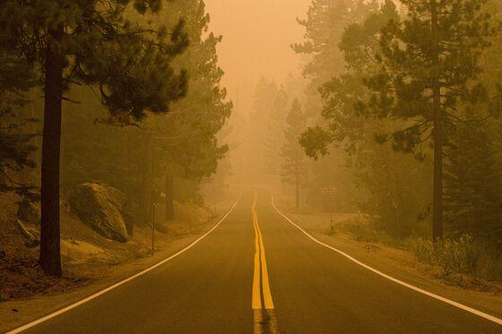 Lake Tahoe Fire Threat Grows as High Winds Fan Flames