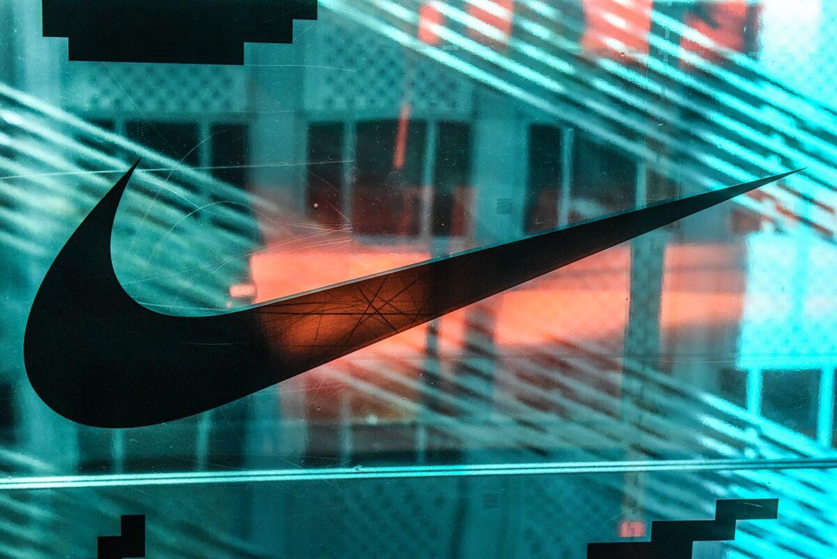 Adidas, Nike Online Sales Plunged in China Amid Xinjiang Boycott thumbnail