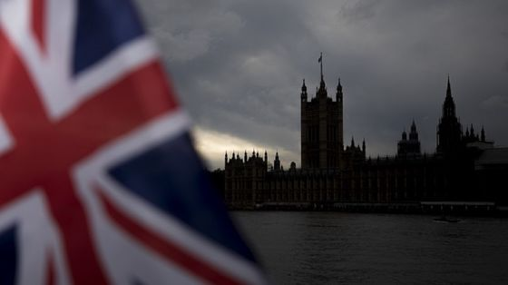 City of London's Plight Laid Bare as Brexit Deal Hopes Fade