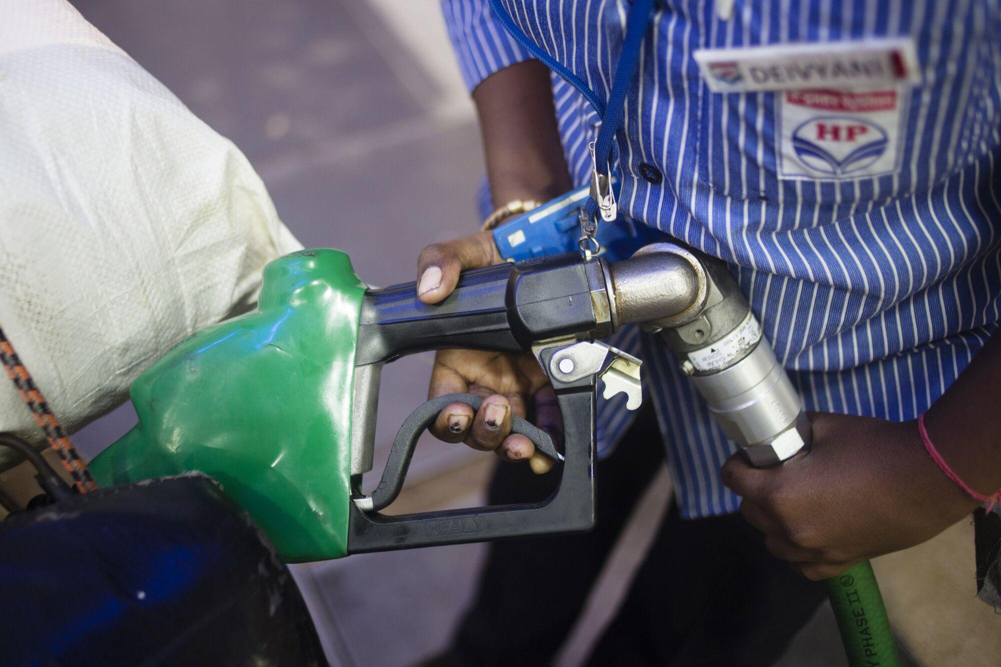 India Must Break Its Oil Habit thumbnail