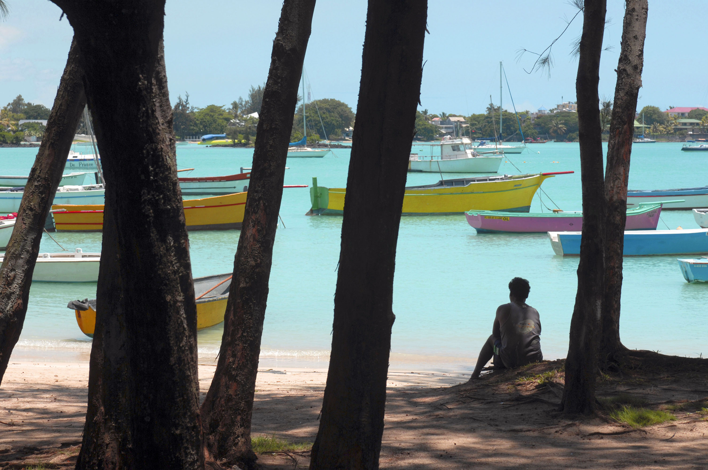 bloomberg.com - Kamlesh Bhuckory - Mauritius Aims to Develop Fishing Industry to Be Economic Pillar