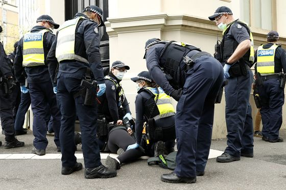 Melbourne Boosts Security in Warning to Anti-Lockdown Protesters
