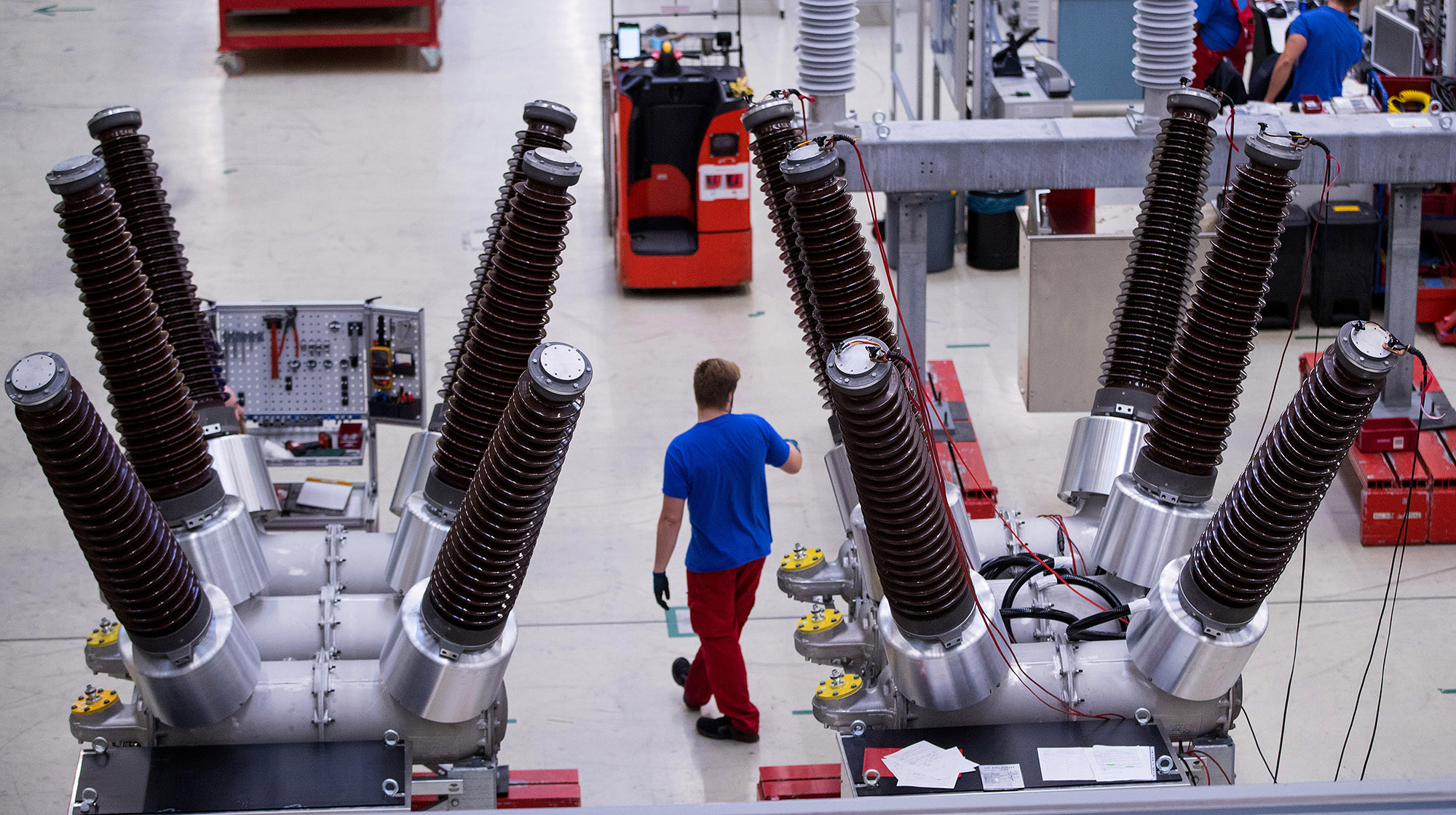 Siemens to Cut 2,700 Jobs at Energy Unit Due for Listing