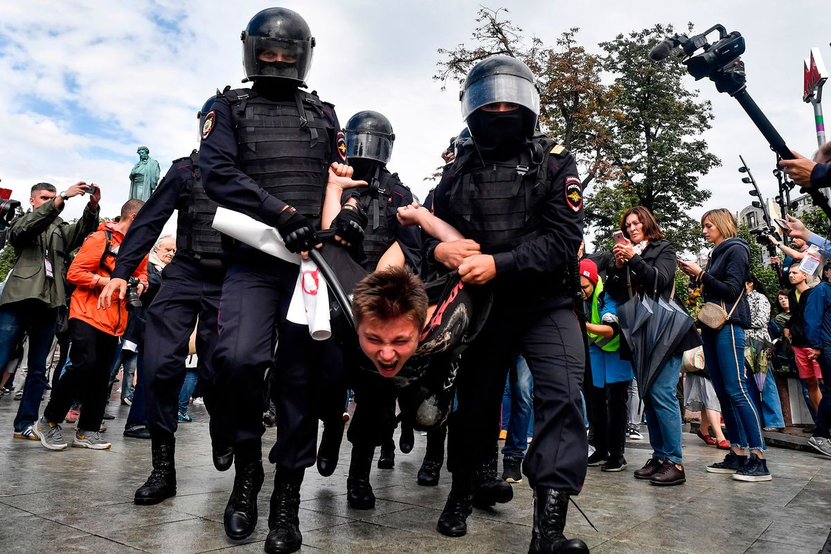 Russian Lawmakers Look for Foreign Hand Behind Wave of Protests