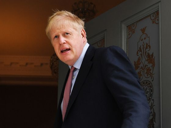 Boris Johnson Warns Tories of 'Extinction'If Brexit Is Delayed