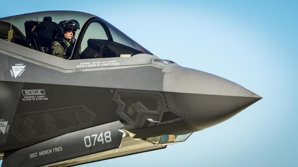 A $4,000 Paint Job to Keep the $400 Billion F-35 Fighter Jet