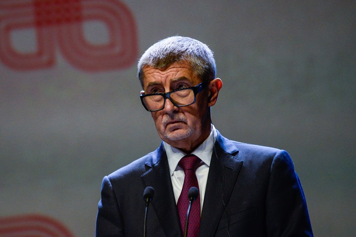 Czech PM's Popularity Plummets With New Virus Outbreak