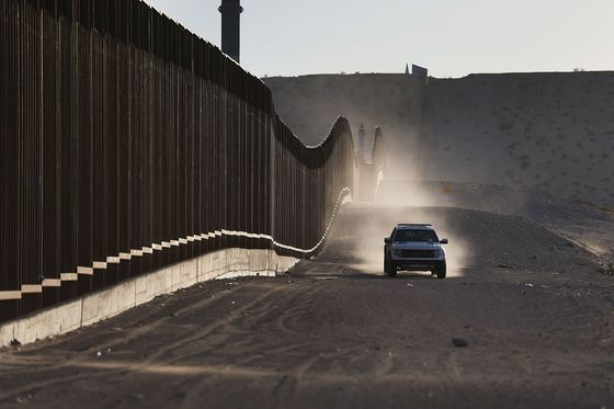 Border Patrol Halts Prosecution of Families Crossing Illegally