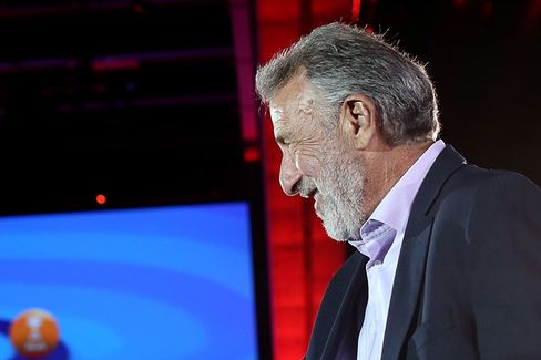 Men's Wearhouse: Here's Why George Zimmer Had to Go