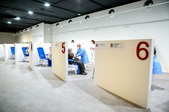 France Heads to Monthlong Lockdown as Virus Gains in Europe