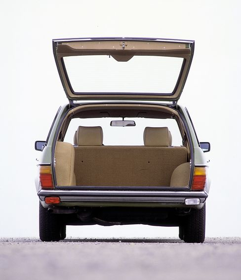 The Mercedes station wagon still works as a (highly functional) daily driver, despite its 30-year age.