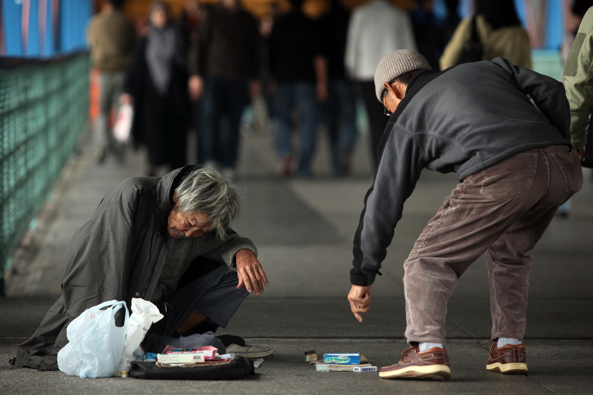 Hong Kong Poverty Line Shows Wealth Gap With One in Five ...
