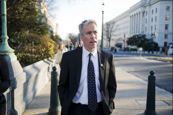 Trump Challenger Joe Walsh Calls for Referendum on the President
