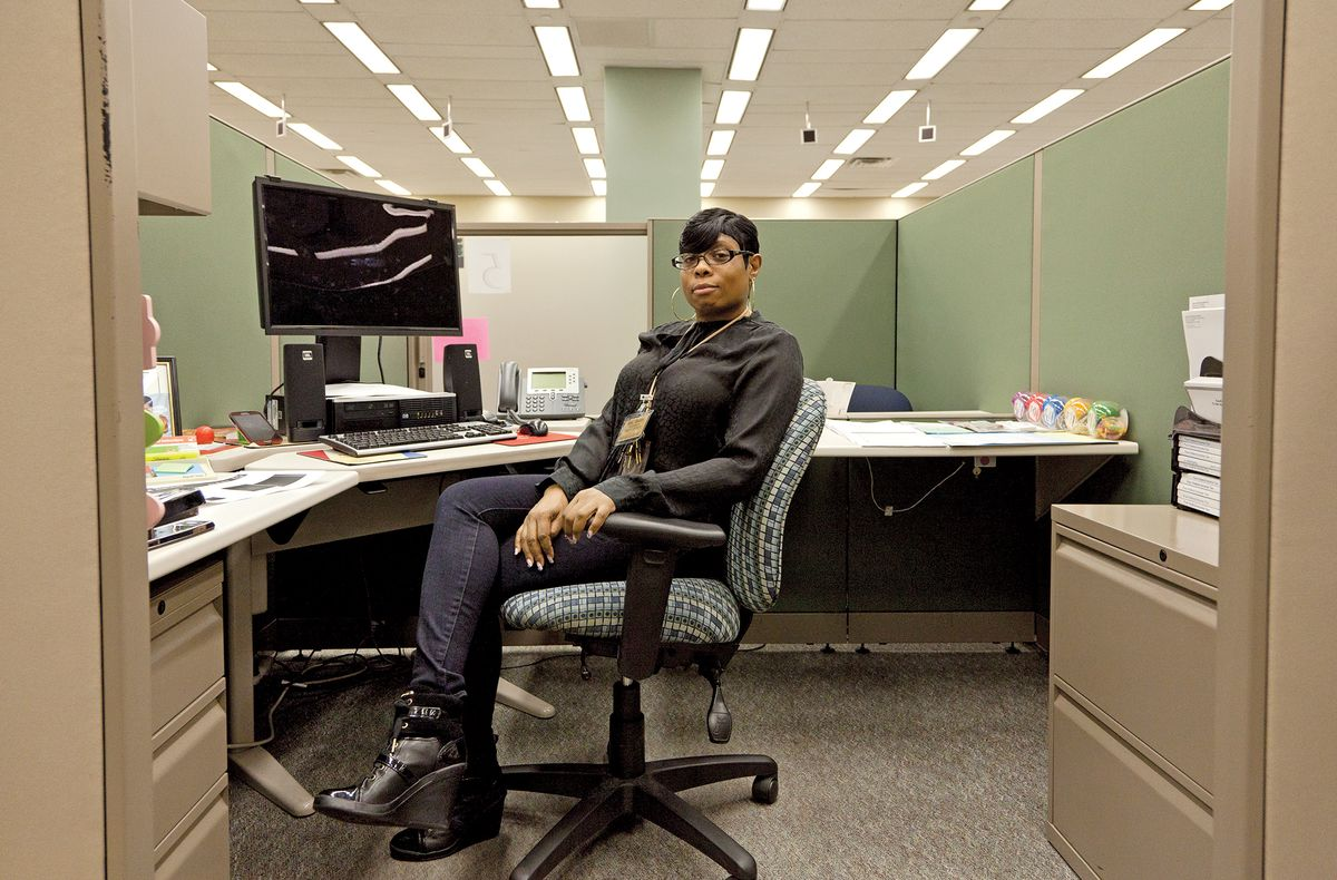 Superb The IRSu0027s Understaffed Taxpayer Assistance Center In Philadelphia Has Been  Cutting Back Services For Overwhelmed Filers