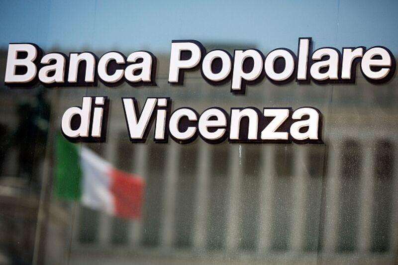 Η Γερμανία επικρίνει τα πακέτα διάσωσης της Ιταλίας αλλά την εξυπηρετούν