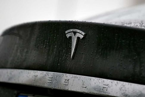 As the Oldest Teslas Turn Two, Nagging Questions About Reliability