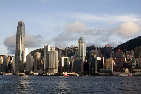 Hong Kong's Luxury Home Prices Surpass 1997 Peak