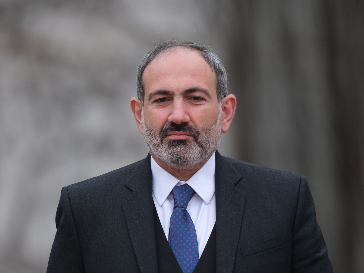 Armenia Premier Confirms He Will Step Down to Allow Election
