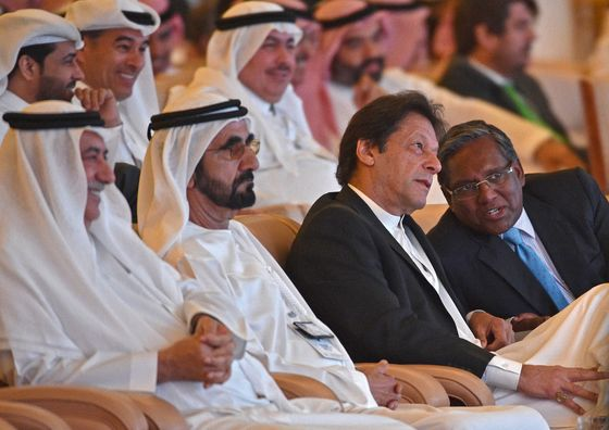 After Tirade Against Saudis, Pakistan Seeks to Ease Tensions