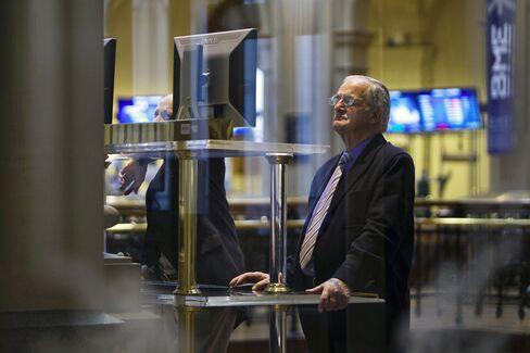 European Stocks Snap Six-Day Rally