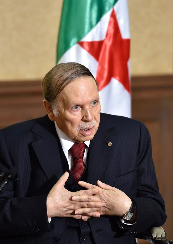 Algeria's Bouteflika Bows to Protesters in Ruling Out Fifth Term