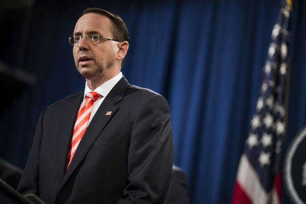 Rosenstein tells Trump he is not a target