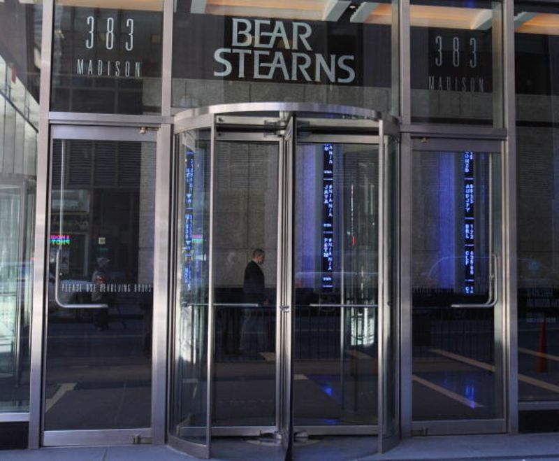 Revolving door bank get it? & Strict Regulation Makes the Revolving Door Spin Faster - Bloomberg Pezcame.Com