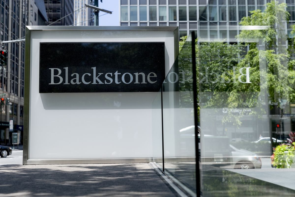 Blackstone Is Said to Call Off Mphasis Stake Sale on Valuations thumbnail