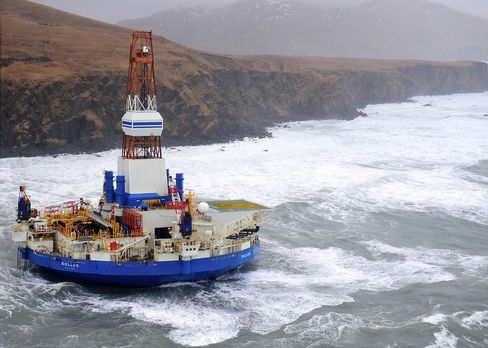 Rig Grounding Revives Debate Over Shell's Alaska Oil Venture