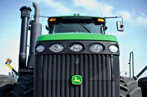 Deere Profit Tops Analysts' Estimates as U.S. Tractor Sales Rise