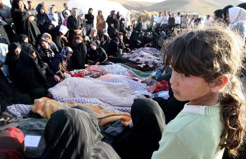 Iran Ends Rescue Efforts After Earthquakes Kill at Least 220