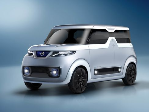 The Teatro for Dayz concept automobile, produced by Nissan Motor.