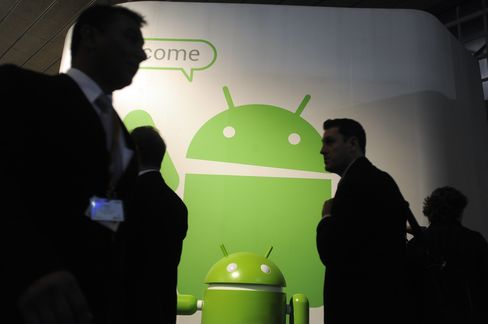 Android Takes IPhone Battle to Office, Narrows Security Gap