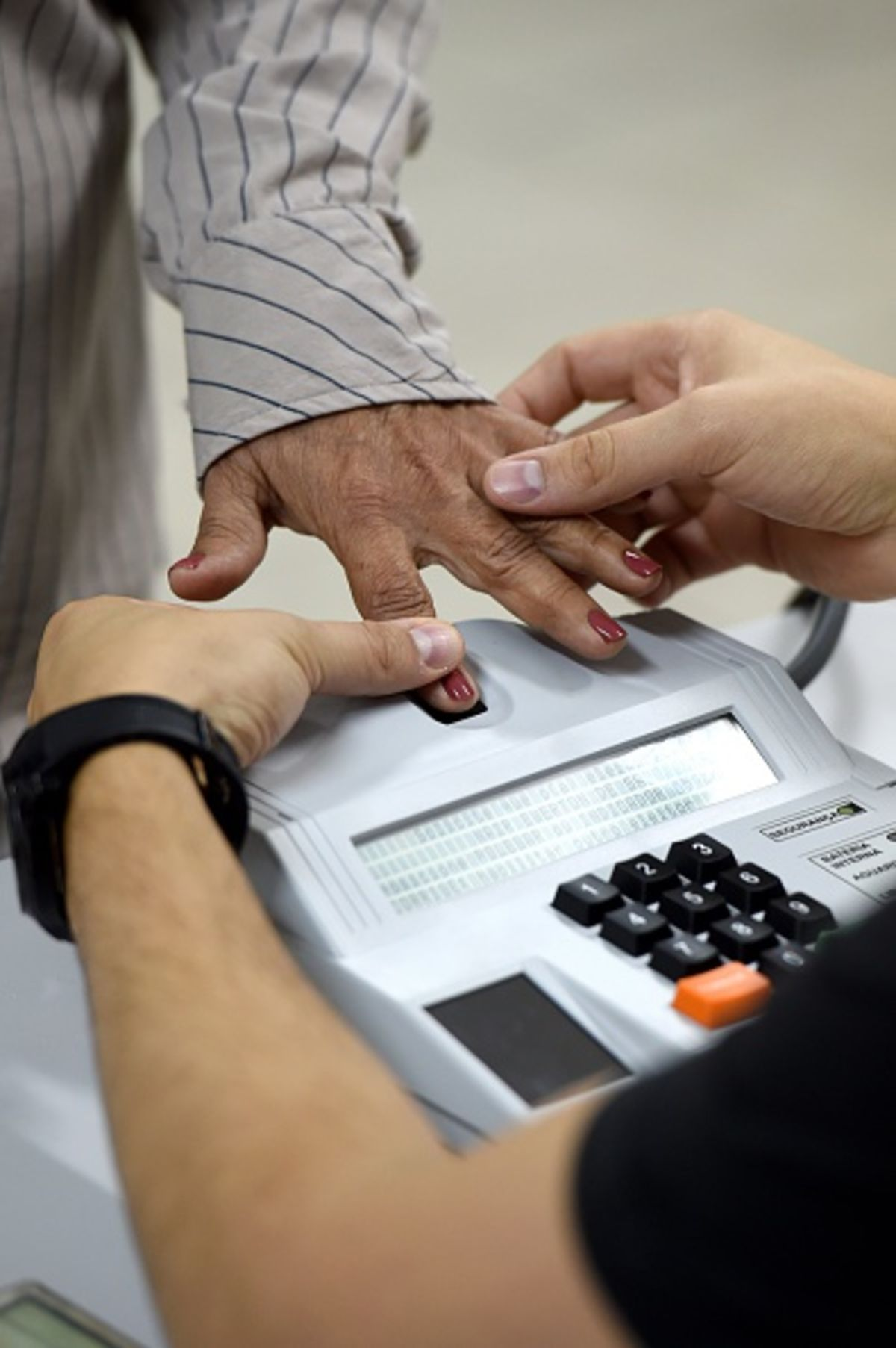 fingerprint debate We leave a trail of linguistic fingerprints, but as potential evidence to a crime, is it reliable democracy dies in darkness sections there is debate.