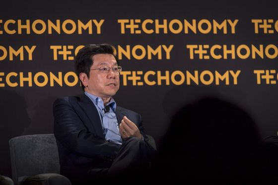 A Top China VC Threatens to Scale Back Investment in U.S.