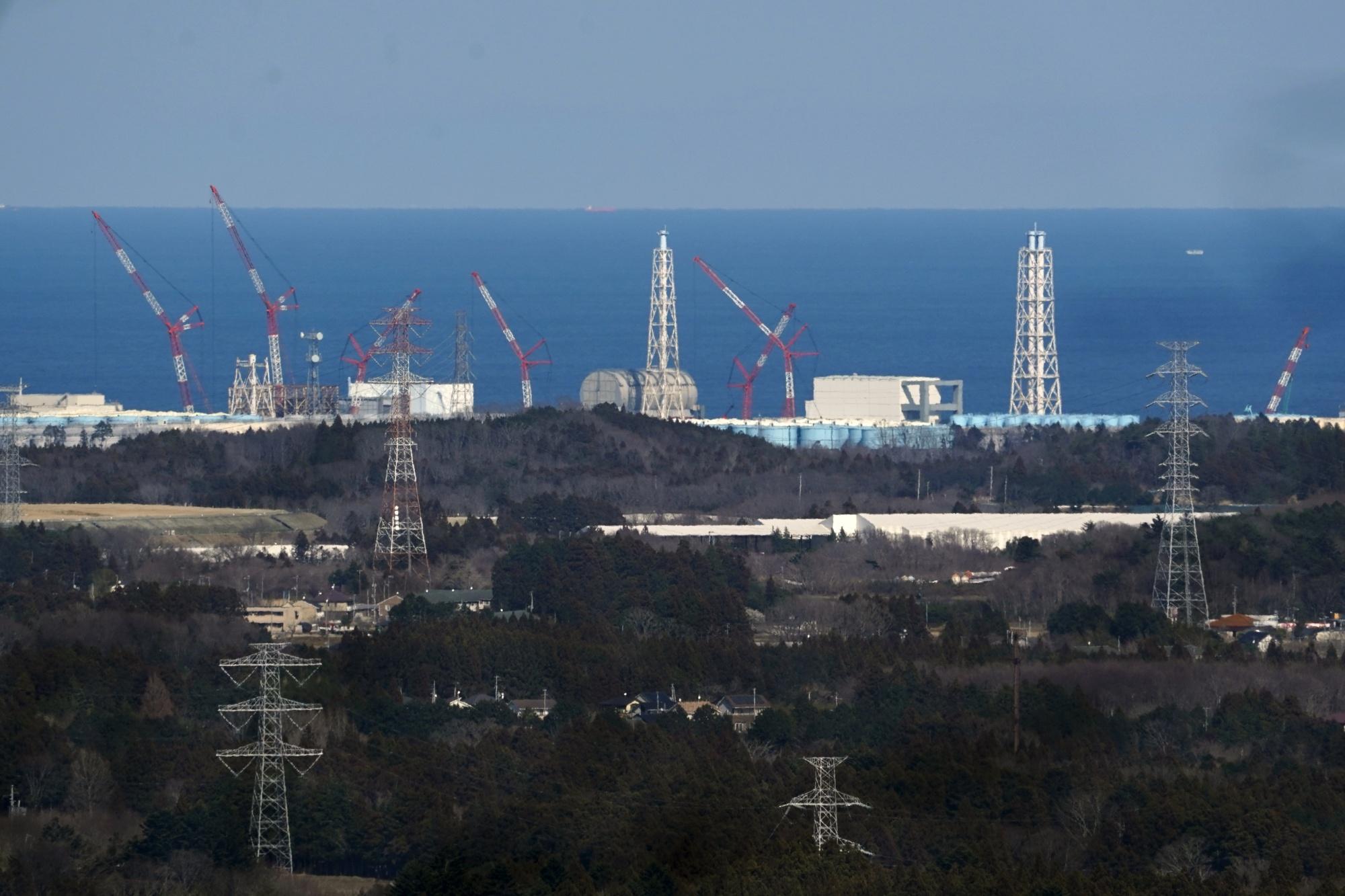 10 년의 재건 후에도 여전히 텅 빈 후쿠시마의 유령 마을