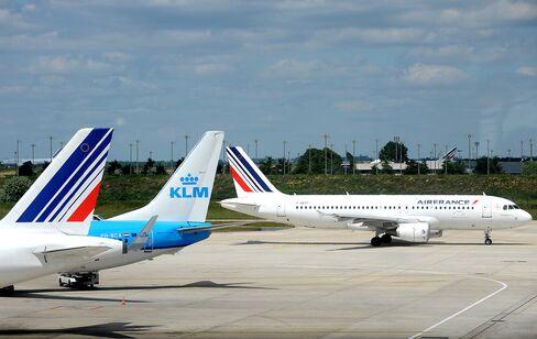 Air France Splits $12 Billion Order Between Airbus, Boeing