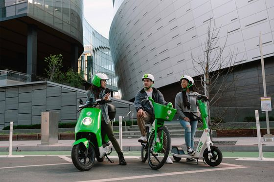 Lime Plans to Add Moped-Sharing to Scooter and Bike Services