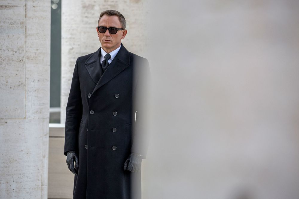 394539eaddb relates to Every Single Expensive Thing in James Bond s Spectre