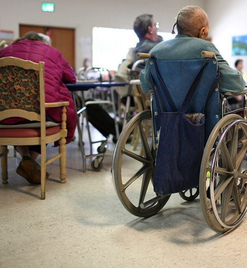 Health Insurers Bid to Take Elderly Poor Out of U.S. Plans