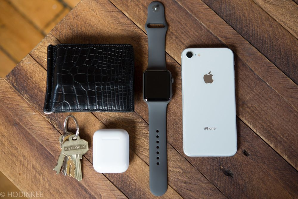 1f5be9b49d67 Apple Watch Series 3 Edition Review - Bloomberg